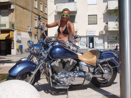 FOTKA - pěkná motorka to by se to jelo