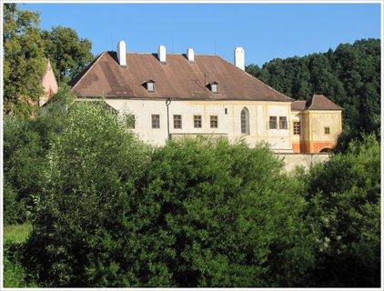 FOTKA - Detail kláštera Zlatá Koruna