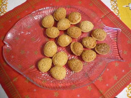 FOTKA - Slepované ořechy s krémem