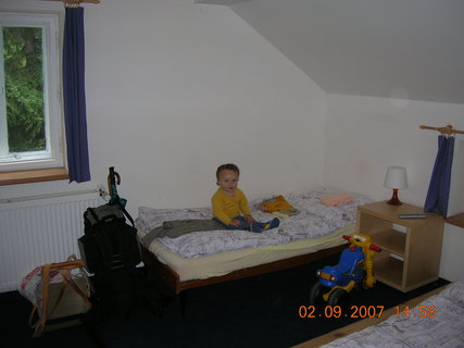 FOTKA - Davídek na pokoji v chatě 4