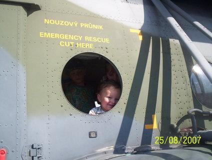 FOTKA - ve vrtulníku