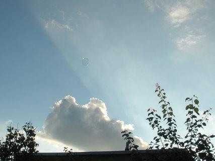 FOTKA - mraky a sluneční paprsky