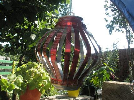 FOTKA -  lampionek z plechovky