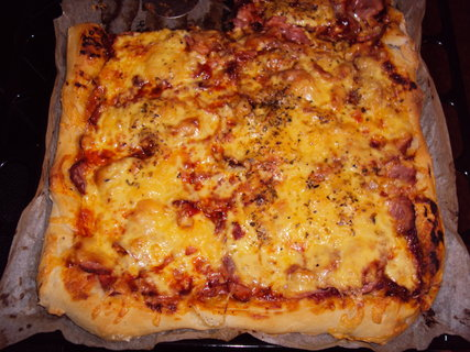 FOTKA - Domaci pizza.
