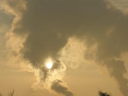 FOTKA - kouř a sluníčko
