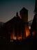 kostel v noci  osvetleny