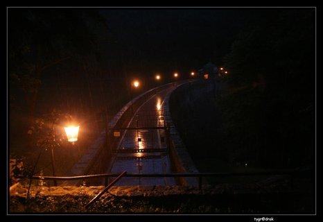 FOTKA - Janovská přehrada ve tmě