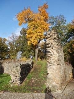 FOTKA - Zříceniny hradu Doubravská hora  (Doubravka), Teplice