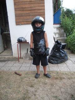 FOTKA - zkoušení helmy 4