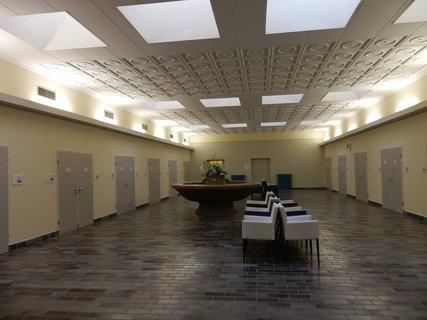 FOTKA - Lázeňský dům Beethoven / Teplice / čekárna před koupelemi