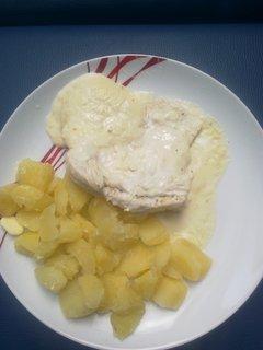 FOTKA - kuřecí se sýrovou omáčkou