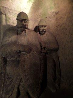 FOTKA - Další socha v pískovcové jeskyni