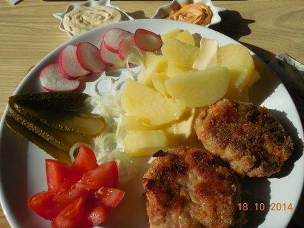 FOTKA - karbanátky s bramborem
