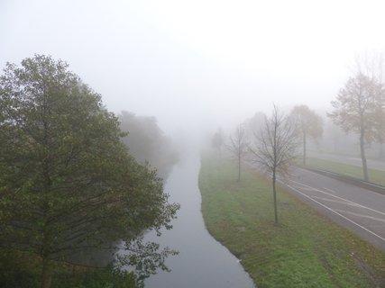 FOTKA - vsechno vede do mlhy