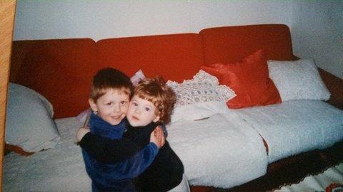 FOTKA - --sourozenecká láska--