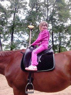 FOTKA - Miša na koni