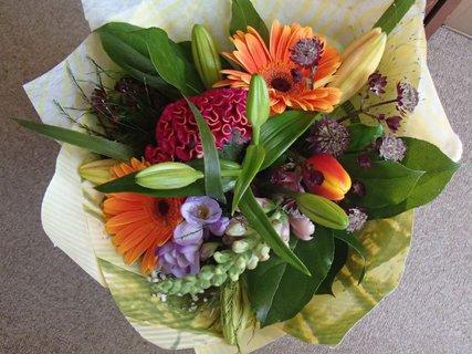 FOTKA - kytica z rôznych kvetov