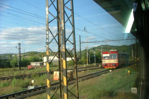 FOTKA - Projíždějící vlak