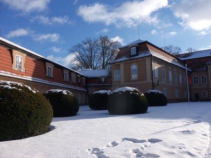 FOTKA - zimní Zámek Štiřín