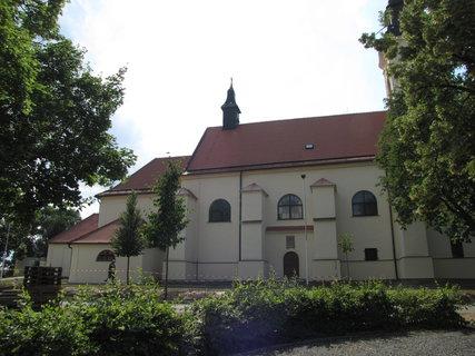 FOTKA - Kostel Nanebevzetí Panny Marie Velké Pavlovice
