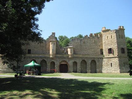 FOTKA - hrad Janův u Lednice