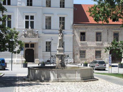FOTKA - Úřad ve Valticích