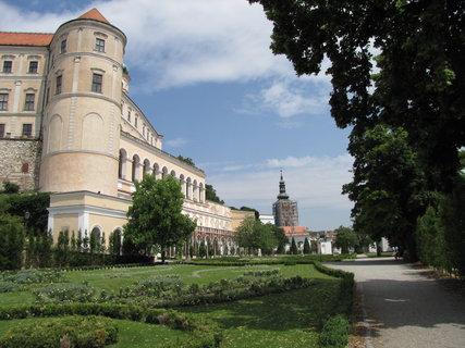 FOTKA - zámek Mikulov ze zahrady