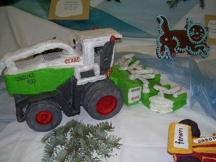 FOTKA - Perníkový traktor