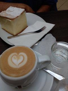 FOTKA - Maďarské kreméše a kávička