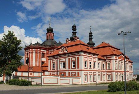 FOTKA - Mariánská Týnice,najdete v areálu bývalého proboštství Mariánská Týnice cisterciáckého kláštera v Plasích.