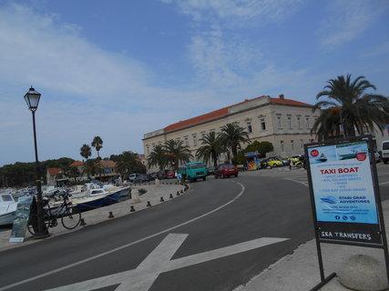 FOTKA - Ostrov Hvar přístav Stari Grad