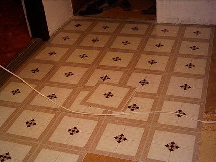FOTKA - Nová kuchyně-začátky práce-podlaha 1