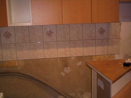 FOTKA - Nová kuchyně-začátky práce-kachličky