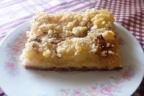 FOTKA - koláč kynuty s jablky
