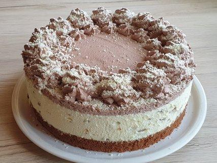 FOTKA - Pudingovo-šlehačkový stracciatella dort