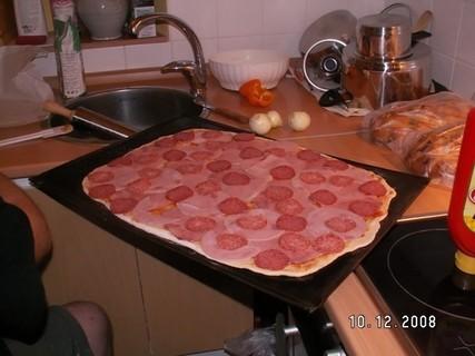 FOTKA - pečení domácí pizza 8