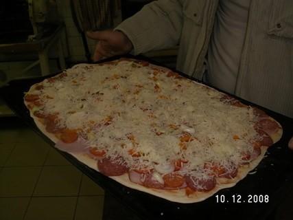 FOTKA - pečení domácí pizza 4