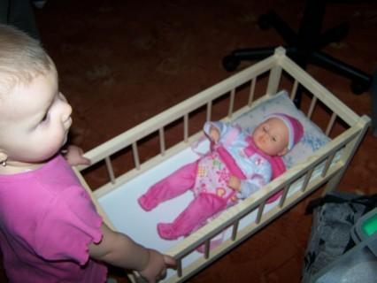 FOTKA - Markétka-2.narozeniny-panenka musí spinkat