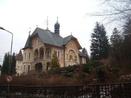 FOTKA - lázeňská vila