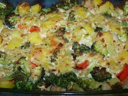 FOTKA - Brambory zapečené s brokolicí-upečené