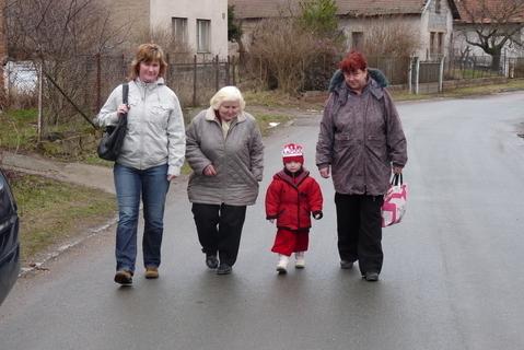 FOTKA - Jdeme na karneval s prababi a babi