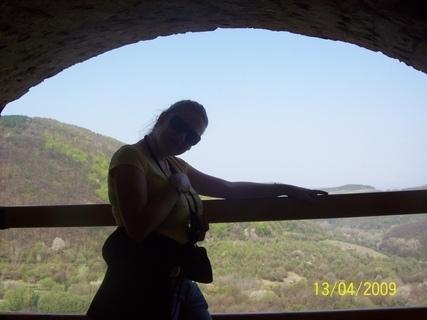 FOTKA - V okne