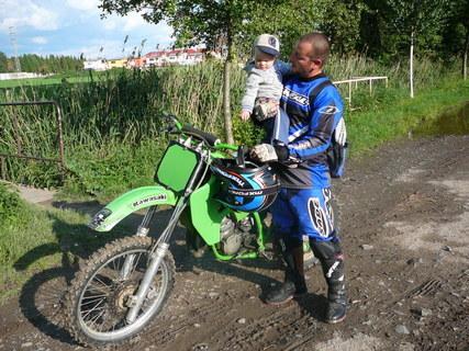 FOTKA - s tatkou na moji oblíbené motorce