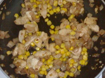 FOTKA - Kuřecí maso s kukuřicí I