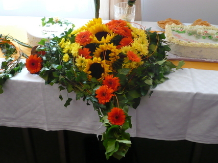 FOTKA - svatební kytice z auta