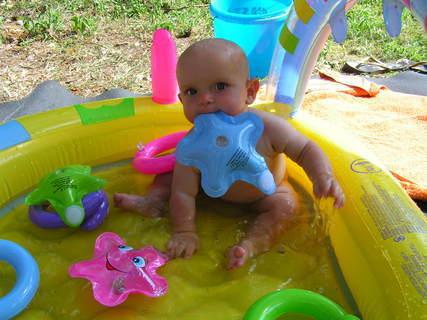 FOTKA - v bazenku...:-)
