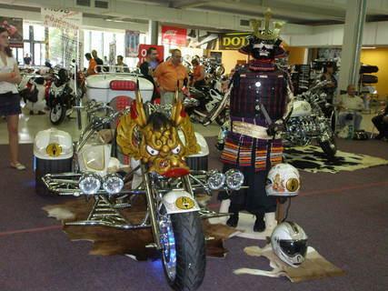 FOTKA - Výstava aut ostrava-netradičně upravená motorka