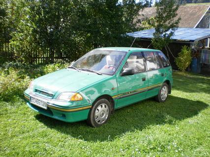 FOTKA - tešíme sa z nového autíčka :)