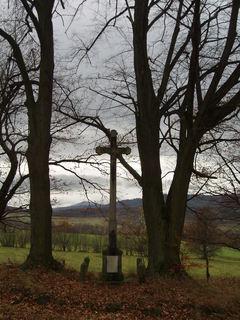 FOTKA - křížek u cesty