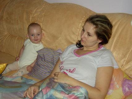 FOTKA - Maminka je už unavená, ale já ne!!